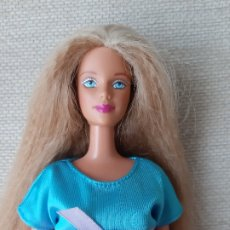 Barbie y Ken: MUÑECA BARBIE VESTIDA MOLDE MACKIE. Lote 179170255
