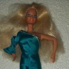 Barbie y Ken: MUÑECA BARBIE MATTEL 1966 SPAIN MUCHO CABELLO. Lote 180170917