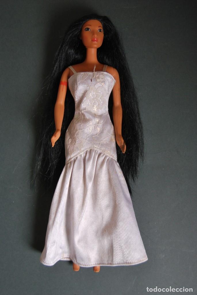 MUÑECA POCAHONTAS - MATTEL - DISNEY - AÑOS 90 (Juguetes - Muñeca Extranjera Moderna - Barbie y Ken)