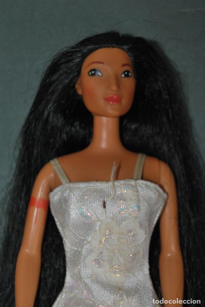 Barbie y Ken: MUÑECA POCAHONTAS - MATTEL - DISNEY - AÑOS 90 - Foto 2 - 180927823