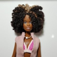 Barbie y Ken: BARBIE CHISTE AFRO-CALI GIRL CALIFORNIA BENACH 2003. Lote 206827592