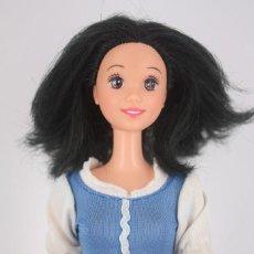 Barbie y Ken: BLANCANIEVES / SNOWWHITE CON VESTIDO POBRE ORIGINAL - DISNEY MATTEL, 1991. Lote 186366943