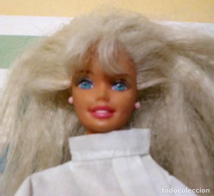 Barbie y Ken: Barbie 1975-1966 con falda can can y blusa - Foto 3 - 190391072