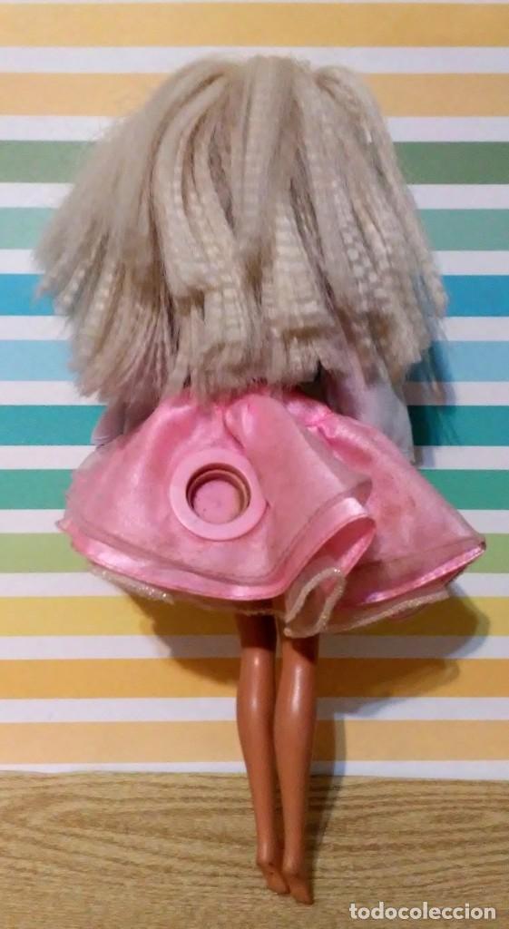 Barbie y Ken: Barbie 1975-1966 con falda can can y blusa - Foto 4 - 190391072