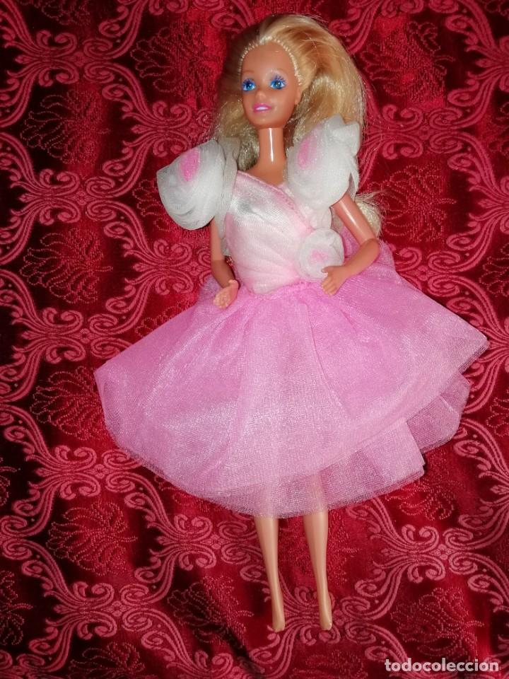 MUÑECA BARBIE CREO QUE DE LOS AÑOS 70 (Juguetes - Muñeca Extranjera Moderna - Barbie y Ken)