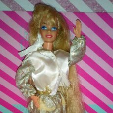 Barbie y Ken: GUAPA MUÑECA BARBIE HOLLYWOOD HAIR - MATTEL - 1992 - DOLL, POUPÉE. Lote 191321961