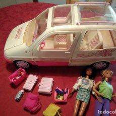 Barbie y Ken: COCHE PICNIC CAR DE BARBIE CON DOS MUÑECAS Y ACCESORIOS .- MATTEL 1995 ITALIA. Lote 194270737