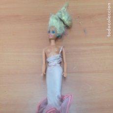 Barbie y Ken: ANTIGUA MUÑECA BARBIE. Lote 194741982