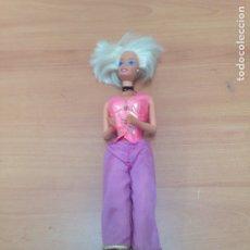 Barbie y Ken: ANTIGUA MUÑECA BARBIE. Lote 194742121