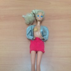 Barbie y Ken: ANTIGUA MUÑECA BARBIE. Lote 194742411