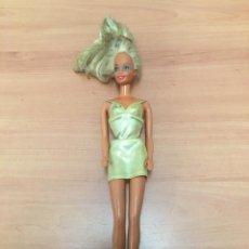 Barbie y Ken: ANTIGUA MUÑECA BARBIE. Lote 195238468