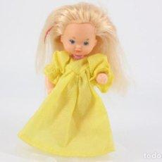 Barbie y Ken: NIÑA HIJA FAMILIA CORAZÓN ANIVERSARIO CON VESTIDO ORIGINAL - CONGOST / MATTEL SPAIN, 1986. Lote 195439770