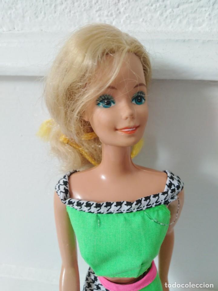 Barbie y Ken: Muñeca barbie mattel malasya años 1966 - Foto 2 - 195904016
