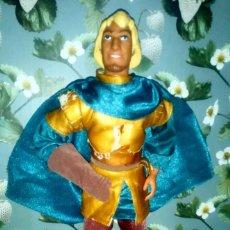 Barbie y Ken: GUAPO MUÑECO KEN, PHOEBUS - EL JOROBADO DE NOTRE DAME - WALT DISNEY - 1996. Lote 200185826
