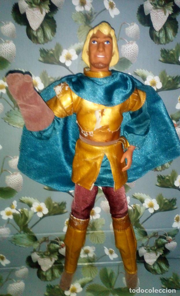 Barbie y Ken: GUAPO MUÑECO KEN, PHOEBUS - EL JOROBADO DE NOTRE DAME - WALT DISNEY - 1996 - Foto 3 - 200185826