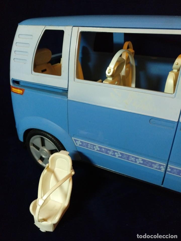 Barbie y Ken: Muñeca BARBIE Nº62 Monovolumen Wolkswagen azul - Foto 2 - 201793880