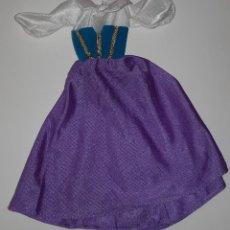 Barbie y Ken: VESTIDO GITANA BARBIE ESMERALDA JOROBADO DE NOTRE DAME DISNEY MATTEL AÑOS 90. Lote 203994127