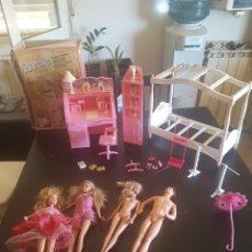 Barbie y Ken: LOTE DE BARBIES Y ACCESORIOS. Lote 205128543