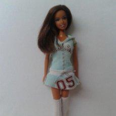 Barbie y Ken: BARBIE TERESA CON VESTIDO GENUINE DE MATTEL. Lote 210698724