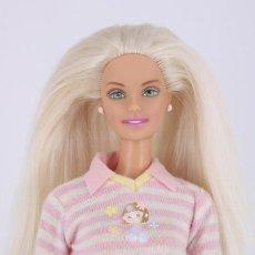 Barbie y Ken: BARBIE & KRISSY BEDTIME BABY CON PENDIENTES, CAMISETA Y PANTALONES ORIGINALES - MATTEL, 2000. Lote 211489697