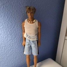 Barbie y Ken: KEN PLAYA 1990. Lote 212134767