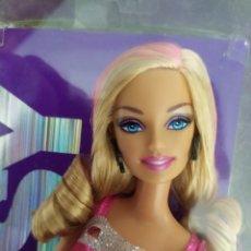 Barbie y Ken: BARBIE FASHIONISTA 2009 NUEVA. Lote 212989742