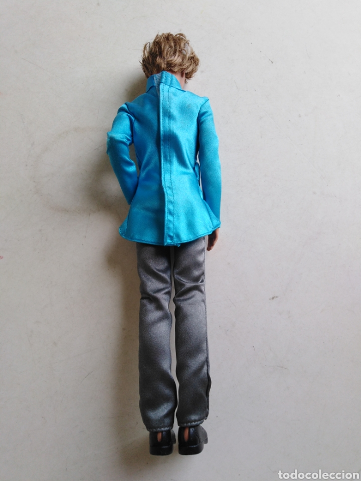Barbie y Ken: Muñeco Ken ( made in Indonesia ) 31 cm - Foto 3 - 213468126