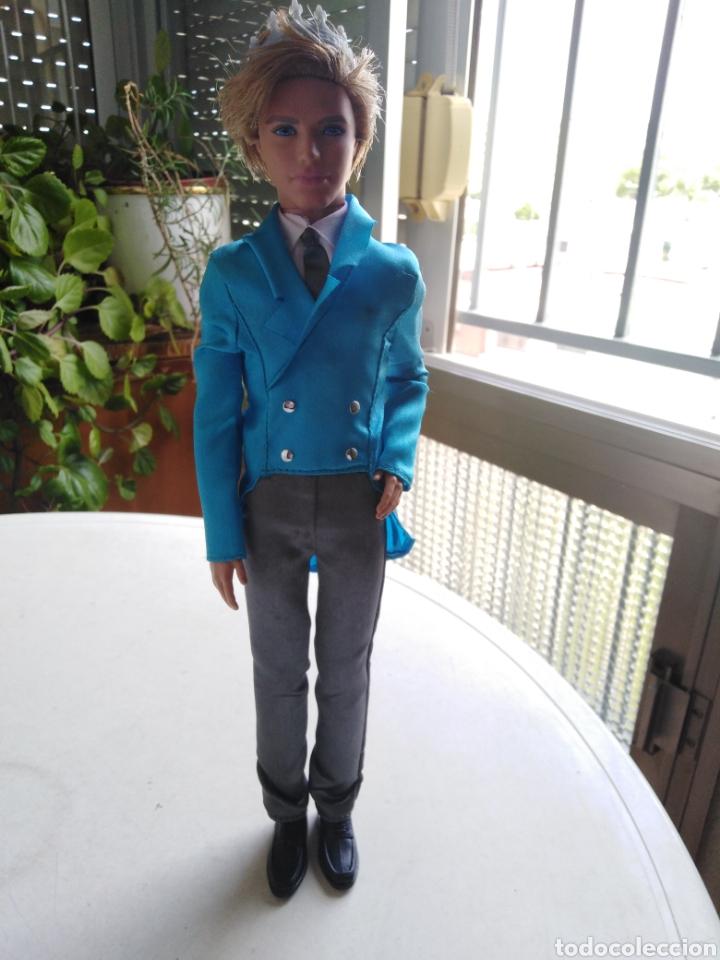 MUÑECO KEN ( MADE IN INDONESIA ) 31 CM (Juguetes - Muñeca Extranjera Moderna - Barbie y Ken)