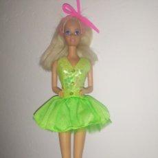 Barbie y Ken: BARBIE DE MATTEL 1976, VESTIDA. Lote 214904135