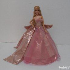 Barbie y Ken: BARBIE DE COLECCION, HOLIDAY, 2009 MATTEL. Lote 215240537
