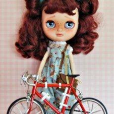 Barbie y Ken: BICIBLETAS 1/6 PARA MUÑECAS BARBIE, BLLYTHE, BJD - NUEVAS. Lote 215601033