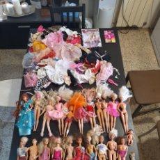 Barbie y Ken: GRAN LOTE DE BARBIE Y UN MONTÓN DE ACCESORIOS DE MATTEL. Lote 216692863