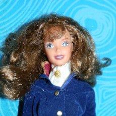 Barbie y Ken: MUÑECA BARBIE AMAZONA, 1976 EN NUCA. Lote 216955948