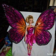 Barbie y Ken: MUÑECA BARBIE ALAS DE MARIPOSA. Lote 218235115