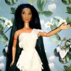 Barbie y Ken: PRECIOSA MUÑECA BARBIE POCAHONTAS, DISNEY - MATTEL - 1995, DOLL, POUPÉE. Lote 218539127