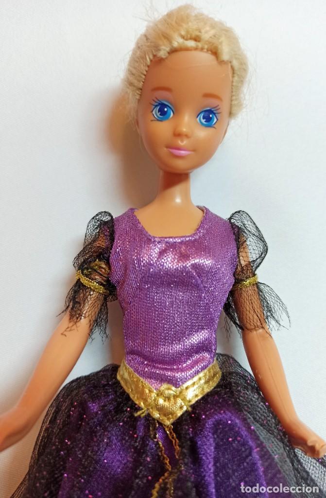 Barbie y Ken: Muñeca Coleccion Nº507 Barbie Skipper bruja con taras - Foto 2 - 218737157