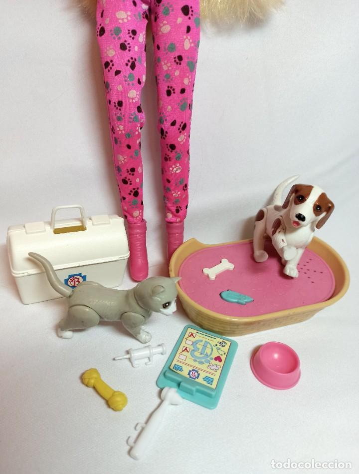 Barbie y Ken: Muñeca Coleccion Nº513 Barbie Doctora de animales - Foto 3 - 218737825