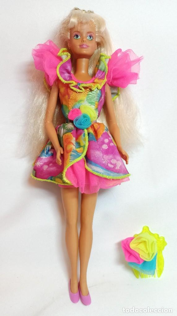 MUÑECA COLECCION Nº515 BARBIE SINDY DE HASBRO LUZ Y COLOR (Juguetes - Muñeca Extranjera Moderna - Barbie y Ken)