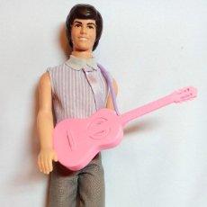 Barbie y Ken: MUÑECA COLECCION Nº575 KEN GUITARRA.. Lote 240167650