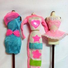 Barbie y Ken: VESTIDOS COLECCION Nº19 TRES VESTIDOS ORIGINALES DE BARBIE. Lote 220736518