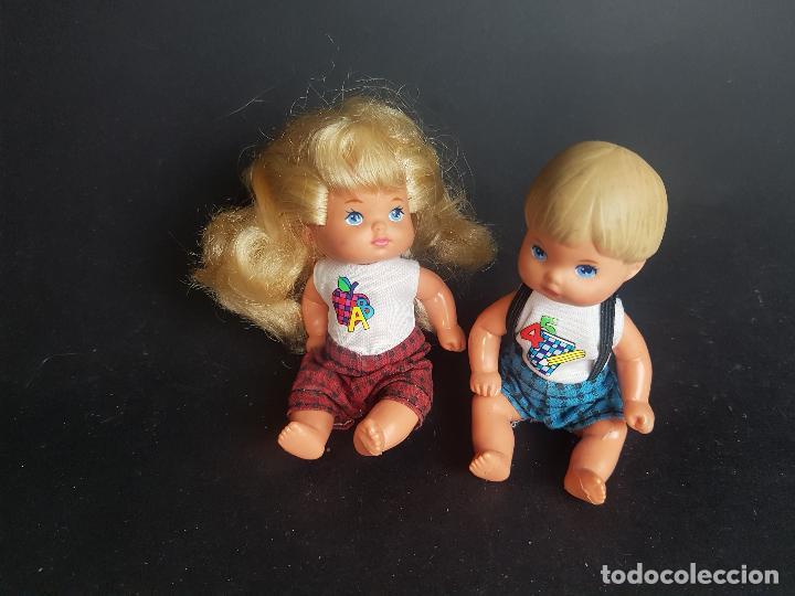 ALUMNOS DE LA BARBIE PROFESORA AÑOS 90 - HERMANOS (Juguetes - Muñeca Extranjera Moderna - Barbie y Ken)