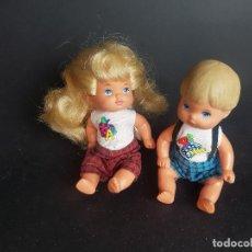 Barbie y Ken: ALUMNOS DE LA BARBIE PROFESORA AÑOS 90 - HERMANOS. Lote 221832408
