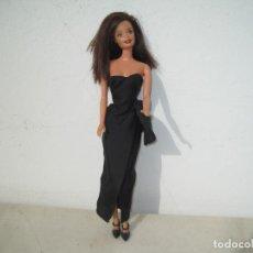 Barbie y Ken: MUÑECA MATTEL 1991, CON EL VESTIDO DE LA PELÍCULA GILDA. Lote 223572561