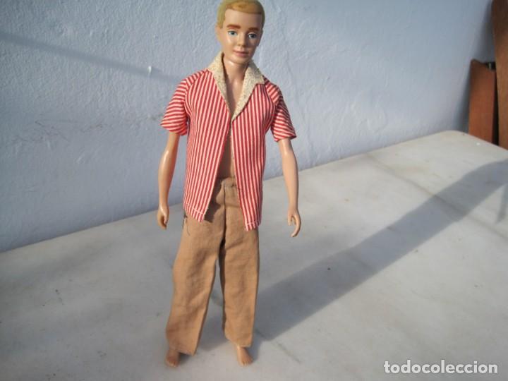 Barbie y Ken: KEN ANTIGUO ORIGINAL CON PELO. MARCADO. CON DOS ATUENDOS DE ROPA - Foto 6 - 223714146