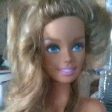 Barbie y Ken: BUSTO BARBI MANICURA PELUQUERIA. Lote 227666825