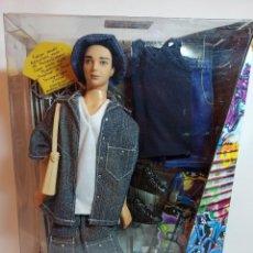 Barbie y Ken: MUÑECA COLECCION Nº9 FLAVAS 2003 MATTEL ARTICULADA LIAM NUEVA. Lote 230437385