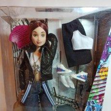Barbie y Ken: MUÑECA COLECCION Nº10 FLAVAS 2003 MATTEL ARTICULADA P.BO NUEVA. Lote 230437465