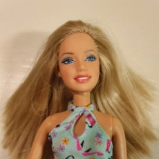 Barbie y Ken: BARBIE FECHA NUCA 2005 CON VESTIDO Y ZAPATOS. Lote 235407775