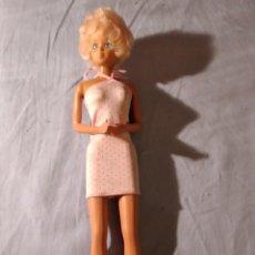 Barbie y Ken: ANTIGUA BARBIE SIN FECHA PELO CORTO. Lote 235853035