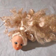 Barbie y Ken: CABEZA DE MUÑECA TAMAÑO BARBIE SIMBA TOYS. Lote 235854160